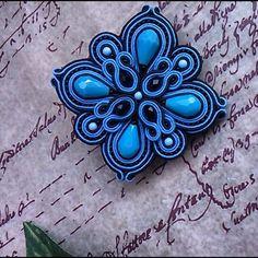 Soutache Earrings, Beaded Brooch, Shibori, Kanzashi, Embroidery Jewelry, Handmade Felt, Fiber Art, Diy And Crafts, Ribbon