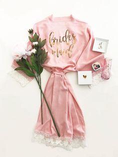 Bridesmaid Robes | Pink Bridesmaid Robes | Cotton Bridesmaid Robes | Bridesmaid Gift Ideas | Maid of Honor Robe | Wedding Getting Ready Robes