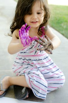 Hand Print Painting With a Two Year Old, Preschool Crafts, Activities, and DIY - Nina Says