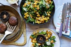 'Caesar Salad' van savooiekool met aardappeltjes en portobello-steak | Marley Spoon