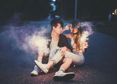 60 Cute Couple Pictures 30 Cute Couple Pictures To Fall Totally In Love With Source by Summer Love Couples, Cute Couples Goals, Romantic Couples, Photo Couple, Couple Shoot, Tumblr Photography, Couple Photography, Couple Tumblr, Brandon Woelfel