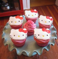 Hello Kitty cupcakes. I do not think I will ever be this ambitious, although I could alter the recipe.