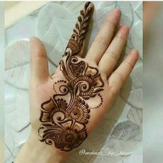 We have got a list of top Arabic Mehndi designs for Hand. You can choose Arabic Mehndi Design for Hand from the list for your special occasion. Henna Hand Designs, Mehndi Designs Finger, Latest Arabic Mehndi Designs, Mehndi Designs For Girls, Mehndi Designs For Beginners, Mehndi Design Pictures, Wedding Mehndi Designs, Mehndi Designs For Fingers, Simple Arabic Mehndi Designs