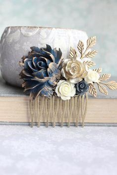 Floral Hair Piece Navy and Gold Wedding Bridal Hair Comb Vintage Style Antique Gold Branch Flowers for Hair Bridesmaids Gift Something Blue Tan Wedding, Wedding Ideas, Wallpaper Aesthetic, Wedding Hair And Makeup, Hair Pieces For Wedding, Flowers In Hair, Resin Flowers, Headpiece Wedding, Floral Hair