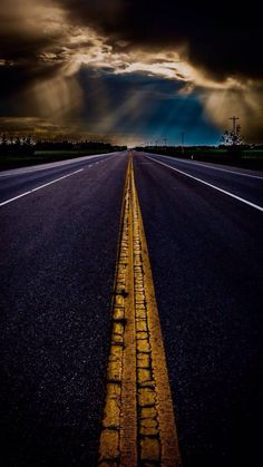 life goes on 2020 Beautiful Roads, Beautiful Places, Cool Pictures, Cool Photos, Photo D Art, Life Goes On, Nice To Meet, Nature Photography, Scenery