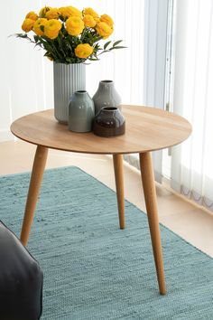Optimistic notes of spring by the Dusty Jade cotton rug. Nordic Home, Scandinavian Home, Next Rugs, Interior Styling, Interior Design, Nordic Design, Rug Material, Sustainable Living, Danish Design