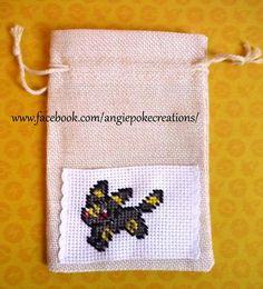 Création Pokemon Broderie Point de Croix Noctali sur Sac en Tissu