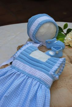 Discover thousands of images about Encajes, Botones, Lanas y Festones: MODELO JUNO Crochet Toddler, Crochet Baby Clothes, Crochet For Kids, Baby Tulle Dress, Baby Girl Dresses, Girl Outfits, Crochet Skirts, Crochet Fabric, Tricot Baby