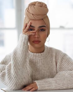 hijab Gh in 2019 Scarf hairstyles, Turban outfit, Head scarf hijab turban style - Hijab Turban Hijab, Turban Mode, Turban Outfit, Bandana Outfit, Turban Fashion, Head Turban, Fashion Tape, Hair Wrap Scarf, Hair Scarf Styles