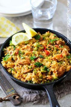 Mexican Food Recipes 569283209145158475 - Riz à l'espagnole (Arroz con pollo. Fun Easy Recipes, Lunch Recipes, Healthy Dinner Recipes, Healthy Snacks, Easy Meals, Healthy Smoothie, Healthy Drinks, Smoothie Recipes, Mexican Rice Recipes