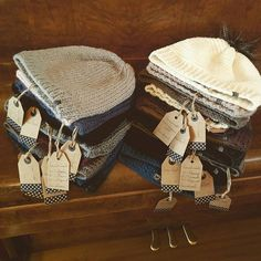 *preparing* #lumihood #alpaca #merino #wool #stricken #wolle #alpaka #knit #knitting #haube #beanie #mütze #loveit #hood #diy #handmade *knit@lumiqi.com* Alpaca, Dory, Hoods, Burlap, Reusable Tote Bags, Photo And Video, Instagram, Beanies, Wool