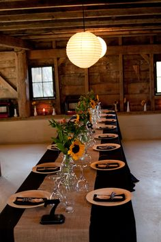 Black tablecloth wedding - Burlap Table Decorations For Rustic – Black tablecloth wedding Sunflower Centerpieces, Rustic Wedding Centerpieces, Wedding Table, Wedding Rustic, Wedding Ideas, Wedding Burlap, Jar Centerpieces, Wedding Reception, Wedding Photos