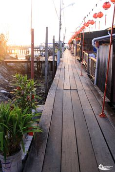 Walkway around the Clan Jetties in Georgetown, Penang Malaysia Travel, Asia Travel, Georgetown Malaysia, Penang Island, Asian Landscape, Ipoh, Cities In Europe, New Zealand Travel, Where To Go