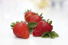 """If you're a regular watcher of daytime television, you may be familiar with Dr. Mehmet Oz, a renowned cardiothoracic surgeon. Oz encourages healthy eating, specifically citing the benefits of certain """"superfoods."""" According to The Dr. Vitamins For Nerves, Gogi Berries, Food Should Taste Good, Fibroid Diet, Strawberry Acai, Healthy Food List, Healthy Fruits, Eating Healthy, Healthy Foods"""