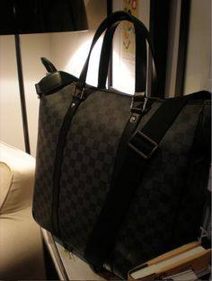 Louis #Vuitton Damier Graphite Tadao