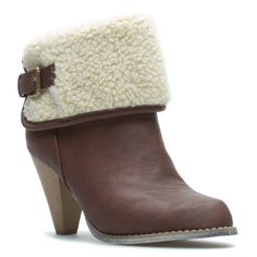 """Alisse Casual Chic Bootie $39.95    There's nothing """"Ugg"""" about Alisse, a dynamic bootie that combines daring architecture with ultra-lush comfort. Mix it with dark skinnies, a silky button down and brightly hued skinny belt.    Invitation to the sale - Click here: http://www.shoedazzle.com/invite/btnrnbqknl"""