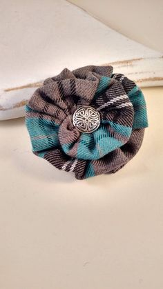 Your place to buy and sell all things handmade Fabric Brooch, Felt Fabric, Fabric Scraps, Funky Jewelry, Fabric Jewelry, Brooches Handmade, Handmade Flowers, Tartan Crafts, Cotton Blossom