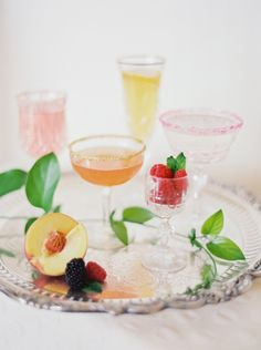 How to Match Your Signature Cocktail to Your Wedding Style - Style Me Pretty