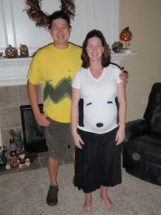 Couples: Halloween costumes for pregnancy