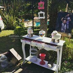 Decoração de festa por Gabriela Alves - Decoradora e Projetista  Chá de bebê da Pietra (recepção dos convidados)