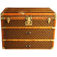 1920s Louis Vuitton Hat Trunk   From a unique collection of antique and modern trunks and luggage at https://www.1stdibs.com/furniture/more-furniture-collectibles/trunks-luggage/