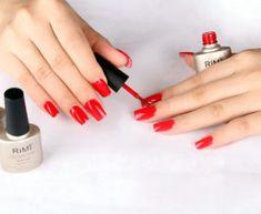 LED gel nail art has become especially popular among nail polish trends. It can be difficult to find the best LED gel nail polish. Toe Nail Discoloration, Gel Nail Removal, Toenail Fungus Remedies, Fungal Nail Infection, Nagel Hacks, Toenail Fungus Treatment, Gel Nails At Home, Glitter Nail Polish, Nagel Gel