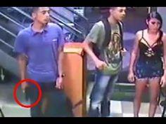 ยอดนยมในขณะน - ประเทศไทย : LiveLeak - Man Continues Eating Subway Sandwich During Armed Robbery http://www.youtube.com/watch?v=ZPhq-r-boyM http://ift.tt/1VjzhgC
