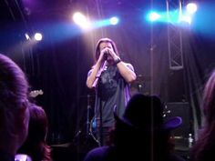 Christian Kane singing American Made in Nashville on 10/27/09