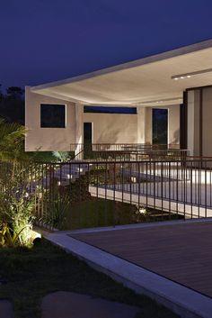 The Luxury Casa JE Property in Brazil by Humberto Hermeto