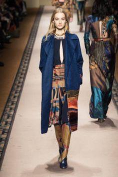 Etro – Mailand Fashion Week Report Herbst/Winter 2015/16: Einen Überblick über die neusten Shows und Kollektionen der italienischen Designer von der laufenden Mailänder Modewoche gibt es hier.