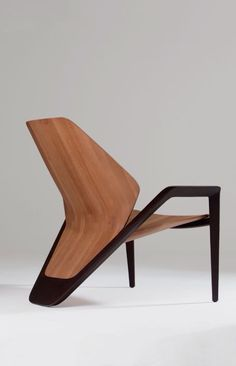 Makes me think I should design a house and furniture inspired by airplanes Classic Furniture, Art Furniture, Unique Furniture, Contemporary Furniture, Furniture Design, Furniture Outlet, Discount Furniture, Poltrona Design, Cool Chairs