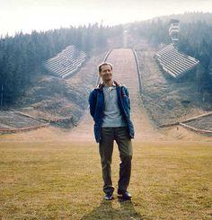 """""""Dziadek"""" Stanisław Marusarz i w tle skocznia jego imienia. Ski Jumping, Cos, Skiing, Mountains, Nature, Travel, Style, Ski, Swag"""
