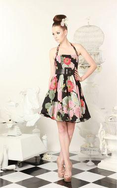 I absolutely adore this alice + olivia dress. so retro
