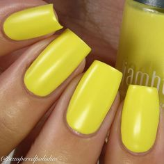 Next up from @jamberry I have Zest! This is such a perfect shade of yellow! It…