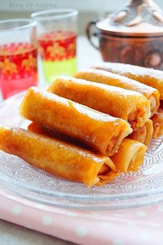 Cigares aux cacahuètes facile · Aux délices du palais Sweet Recipes, Snack Recipes, Dessert Recipes, Snacks, Desserts, Ramadan 2016, Home Chef, Beignets, Cigars