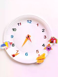 Back to school time is here and we've got some clever ways to help your little one to tell the time! Try this easy paper plate make to encourage them to use their daily routine to figure out times of the day. Find lots more ideas on our website! Telling Time Activities, Rainy Day Activities For Kids, Water Games For Kids, Preschool Learning Activities, Indoor Activities, Learning Clock, Ways Of Learning, Backyard For Kids, Backyard Games