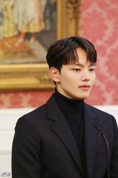 Jin Goo, Yoo Seung Ho, Handsome Korean Actors, Jay Ryan, Francisco Lachowski, Boys Over Flowers, Royal Weddings, Princess Kate, Korean Celebrities