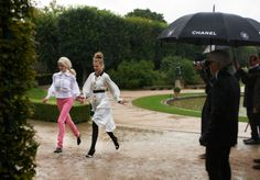 MAKING THE AD – Chanel News - Fashion news and behind the scene features Karl Lagerfeld