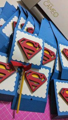 Lily-Baby-Shop: Lembrancinhas Tema Super Herois , Vingadores e Liga da Justica, Superman e Batman e Conjuntinhos e Bodys para Bebes