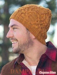 """Эта мужская вязаная шапка с рисунком из жгутов вполне подойдет и для женщин.  Описание вязания шапки от дизайнера Irina Anikeeva переведено из журнала """"Interweave Knits Holiday"""".  Размер:"""
