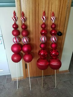 Best 10 Tree topper bows ornament finials for outdoor decorations Christmas Topiary, Grinch Christmas Decorations, Christmas Porch, Diy Christmas Ornaments, Christmas Projects, Christmas Time, Christmas Wreaths, Christmas Crafts, Pool Noodle Christmas Wreath