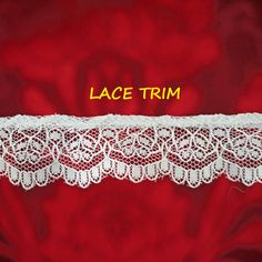 2 YARDS, WHITE Ruffle, Floral Lace Sewing Trim, Flowers, Shaped Scallop Edge, 1 Inch Wide, L318 by DartingDogCrafts on Etsy