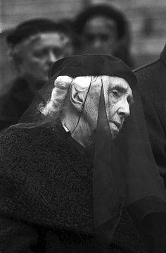 Rouva Aino Sibelius Jean Sibeliuksen hautajaisissa 1957.