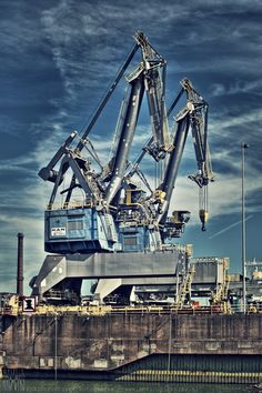 industrie aan de Noordzee in Ijmuiden