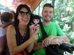 Tiny, The Traveling Doll , ESTAVA PRESENTE É CLARO KKK