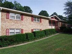 3350 Spreading Oak Drive, Douglasville, GA 30135