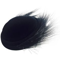 Pre-owned 1950s Black Felt and Egret Feather Cocktail Hat ($325) ❤ liked on Polyvore featuring accessories, hats, felt crown, vintage feather hat, vintage hats, evening hats and felt hat