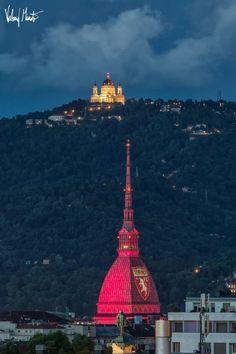 """La Mole Antonelliana """"vestita"""" di granata nello scatto di Valerio Minato Torino Fc, Landmark Hotel, Across The Universe, Like A Local, Empire State Building, Paris Skyline, Paths, Landscape, Instagram Posts"""