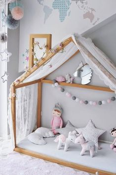 Inspiration from Instagram - @metoodolls.eu - pastel girls room ideas, pink and grey girls room design, girls kidsroom, kidsroom decor