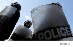 إعدام أسرة كاملة في مصر Reuters نفذت مصلحة السجون المصرية بوزارة الداخلية، داخل سجن برج العرب في الإسكندرية حكم إعدام بحق 4 مجرمين من أسرة … New Scientist, Riding Helmets, Police, Law Enforcement